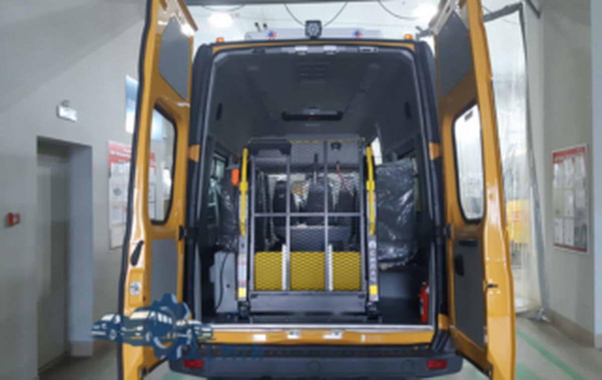 микроавтобус ГАЗ для перевозки инвалидов колясочников